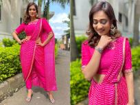 दोन मुलांची आई असूनही अभिनेत्री श्वेता तिवारी दिसते खूप ग्लॅमरस, पहा फोटो - Marathi News | Shweta Tiwari beautiful Saree look photos goes viral see images | Latest television Photos at Lokmat.com