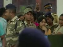 सबरीमाला मंदिरः भक्तों ने कोच्चि हवाईअड्डे पर ही तृप्ति देसाई को रोका, 200 के खिलाफ मामला दर्ज