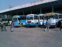 उत्तर प्रदेश में बस और टैक्सी सर्विस होगी शुरू, सामाजिक दूरी और मास्क अनिवार्य