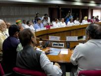 Top 5 News: 'एक राष्ट्र, एक चुनाव' पर पीएम मोदी ने बुलाई सर्वदलीय बैठक, लोकसभा अध्यक्ष बनेंगे ओम बिड़ला