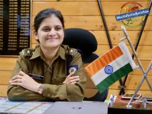 #KuchhPositiveKarteHain: बेटी बनी बेस्ट IPS ट्रेनी और बढ़ाया बस कंडक्टर पिता का सम्मान
