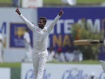 SL vs NZ: अकीला धनंजय ने नए ऐक्शन से गेंदबाजी करते हुए झटके 5 विकेट, पहले टेस्ट में न्यूजीलैंड बैकफुट पर