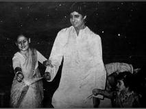 अमिताभ बच्चन से लेकर प्रियंका चोपड़ा तक, बॉलीवुड सितारों ने अनदेखी तस्वीरें शेयर कर फैंस को दी दिवाली की शुभकामनाएं