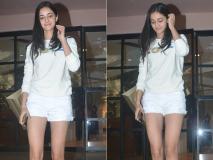 Photos: चंकी पांडे की बेटी अनन्या पांडे बालों को संवारती हुई बांद्रा में आईं नजर