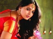 'बाहुबली' की 'देवसेना' हुईं घायल, इस फिल्म की कर रही थीं शूटिंग