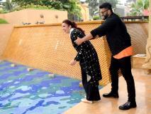 नमस्ते इंग्लैंड के प्रमोशन के दौरान अर्जुन कपूर ने परिणीति चोपड़ा को पूल में धकेला