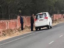 राजस्थान: बीजेपी सरकार के मंत्री ने खुलेआम सड़क पर किया पेशाब, ट्रोल होने पर दिया ये जवाब