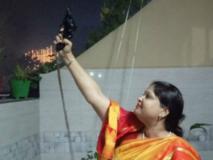 खुश होकर BJP की महिला नेता गंवाया होश, जोश में दागीं तड़ातड़ गोलियां, पुलिस में मामला दर्ज