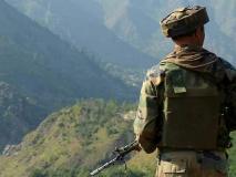 जम्मू कश्मीरः सीजफायर की छांव में भी बेखौफ पड़े वोट, सरहद पार लोकतंत्र का जश्न देखते रहे लोग