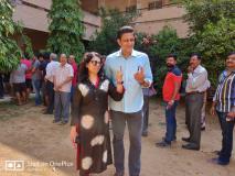 लोकसभा चुनाव 2019: कर्नाटक में अनिल कुंबले ने डाला वोट, द्रविड़ चाहकर भी नहीं कर सकते हैं मतदान