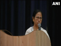 ममता ने कहा- मुझे लगता है भाजपा के खिलाफ लड़ाई के लिए तृकां, कांग्रेस और माकपा साथ आना चाहिए