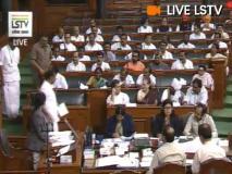 कांग्रेस अध्यक्ष राहुल गांधी ने अंग्रेजी में ली लोकसभा की सदस्यता की शपथ