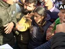 जब पुलवामा हमले में शहीद पिता को बेटी ने श्रद्धांजलि के साथ दी सलामी, लोग नहीं रोक पाएं अपने आंसू