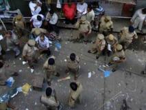 इतिहास में13 सितंबर: दिल्ली में 4 बम धमाके,शायर अंजान का निधन,आनन्द ने पहला फ़िडे शतरंज विश्व कप जीता