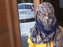 ब्वॉयफ्रेंड ने किया शादी से इनकार तो 19 वर्षीय लड़की ने चेहरे पर फेंका एसिड, फिर पुलिस को इस कदर किया गुमराह