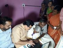केरल: साक्षरता परीक्षा में अव्वल आने वाली 96 साल की अम्मा को मिला लैपटॉप, 100 में 98 अंक लाकर बनीं थी टॉपर