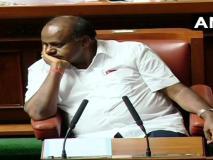 गिर गई कुमारस्वामी सरकार, काम न आया टोटका, मंत्री रेवन्ना नंगे पैर पहुंचे थे विधानसभा,हाथ में था नींबू