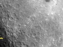 चंद्रयान 2ःIIRS ने लीचंद्रमा के सतह की तस्वीर, इसरो ने जारी की,सतह पर बड़े और छोटे गड्ढे नजर आ रहे हैं
