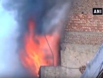 पंजाब के लुधियाना में होजरी कपड़ा फैक्ट्री में लगी आग