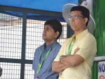 कोच पर सौरव गांगुली की दो टूक- 'क्रिकेट कप्तान का खेल है, पर्दे के पीछे रहे कोच'
