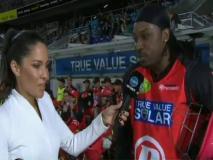 लड़की के सामने टॉवेल उतारने से स्ट्रिप डांस तक, इन 5 मौकों पर क्रिस गेल ने क्रिकेट को किया शर्मसार!
