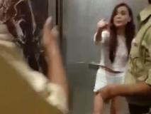 इस वजह से महिला मॉडल ने उतारे थे पुलिस के सामने कपड़े
