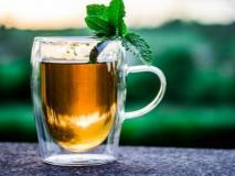 गर्मी में भी चाय पीने की आदत नहीं जा रही? तो ट्राई करें ये हर्बल टी, जानें इसके फायदे और बनाने की रेसिपी