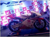 भारतीय राइडरों के लिए आई होंडा की NSF250R, मोटो थ्री में विश्व चैंपियन राइडर करते हैं इस्तेमाल