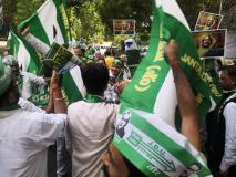 मुख्यमंत्री अरविंद केजरीवाल के खिलाफ जंतर-मंतर पर जदयू का प्रदर्शन, माफी मांगने की मांग