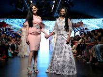 इंडिया रनवे वीक 2019: एसिड अटैक पीड़िता लक्ष्मी अग्रवाल ने रैंप पर बिखेरे जलवे