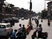 जम्मू कश्मीरः 'अवज्ञा आंदोलन' के 107 दिन और 12 हजार करोड़ रुपये का नुकसान!