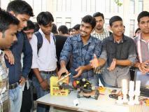 मोदी सरकार का दावा, कैम्पस प्लेसमेंट के जरिए इंजीनियरिंग के 4 लाख से अधिक छात्रों को मिली नौकरियां
