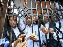 पुलिस-वकील झड़प: रोहिणी में दो प्रदर्शनकारी वकीलों ने किया आत्महत्या का प्रयास, एक ने दी थी बिल्डिंग से कूदने की धमकी