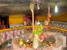शिवजी का चमत्कारिक मंदिर जहां गर्मियों में 50 डिग्री सेल्सियस में भी कंबल-रजाई ओढ़कर पूजा करते हैं भक्त