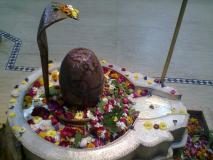 Shukra Pradosh Vrat: इस खास रंग को पहन कर करें शिव की उपासना, नेत्र रोगियों को मिलेगी राहत
