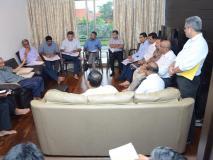 गोवा में सीएम आवास पर कैबिनेट बैठक, मंत्री बोले- कैंसर से जूझ रहे पर्रिकर 'अब एक दम फिट'