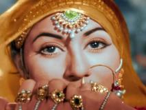 Mohe Panghat Pe Song Review: ज़िन्दगी में अगर कभी प्यार ने छुआ है तो यह गाना सुकून देगा