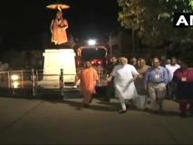 अपने संसदीय क्षेत्र वाराणसी की सड़कों पर देर रात निकले पीएम मोदी, चप्पे-चप्पे का लिया जायजा