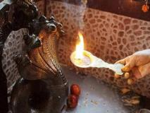 नाग पंचमी पूजा विधि: इस मंत्र से करें पूजा, मिलेगा आर्थिक तंगी और कालसर्प दोष से छुटकारा