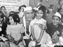 नवीन जैन का ब्लॉग: नेहरूजी बच्चों में ही देखते थे देश का भविष्य
