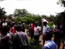 1 बकरी, 2 गाय और 3 साड़ियां दहेज में नहीं मिलीं, गांववालों ने शख्स को नहीं करने दिया पत्नी का अंतिम संस्कार