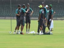 पुलवामा हमला: CCI और PCA के बाद अब सवाई मानसिंह स्टेडियम से भी हटाई गई पाकिस्तानी क्रिकेटर्स की तस्वीरें