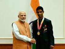 पीएम मोदी ने एशियन पैरा गेम्स के विजेताओं को मिलकर दी बधाई, खेल मंत्री ने किया सम्मानित