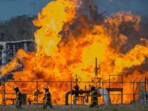 मेक्सिको: रिसाव हो रहे तेल को चुराने के लिए इकठ्ठे हुए थे लोग, लगी भीषण आग, 20 लोगों की मौत