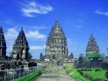 भारत में नहीं विदेश में बना है दुनिया का सबसे बड़ा हिंदू मंदिर, इस भगवान को है समर्पित