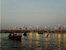 प्रयागराज: यमुना नदी में नाव पलटी, तीन महिलाओं की हुई मौत, पांच लोग लापता