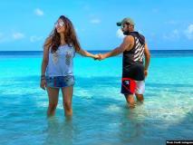 वर्ल्ड कप से पहले रोहित शर्मा पत्नी रितिका साजदेह के साथ मालदीव में बिता रहे हैं क्वालिटी टाइम, देखें क्यूट Pics