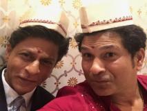 शाहरुख़ खान को मिला सचिन तेंदुलकर का साथ, सेल्फी खींचकर किया ये कमेंट