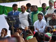 कोलकाता रैलीः भाषण के दौरान फिसली शरद यादव की जुबान, 'बोफोर्स' के जिक्र से असहज हुई कांग्रेस!