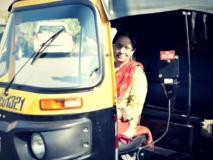 #KuchhPositiveKarteHain: 12 रुपए की दम पर अपनी किस्मत बदलने वाली देश की पहली महिला ऑटो ड्राइवर शीला दावरे की कहानी
